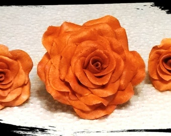 3 Edible ROSES and 6 LEAVES / Cake decoration / Any color / Gum paste / sugar flower / wedding cake decoration / cake topper / fall/autumn