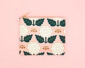 Margot Pouch Medium - Blush Canvas Cotton