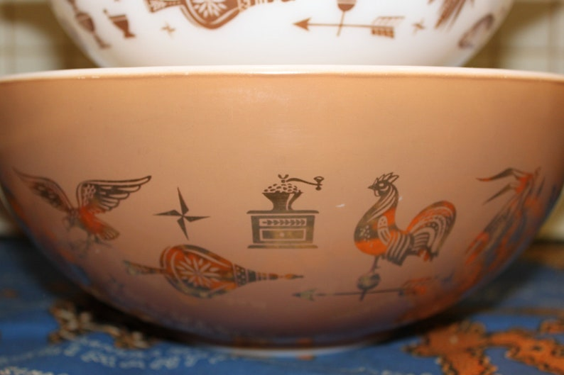 Pyrex set of 3 Early American Cinderella Nesting Mixing Bowls