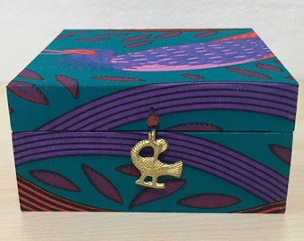 Tea caddy, handmade, with 4 compartments to hold your favourite teabags