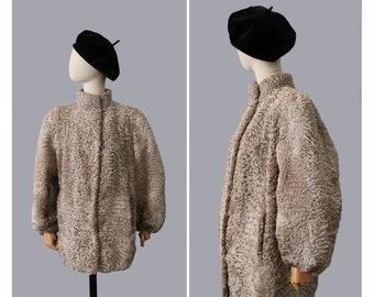 Prezzo ridotto: cappotto di pelliccia astrakan di 1940s vintage swing giacca.