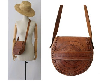 1970 tooled leather Bag   bohemian bag  vintage tooled leather bag  hippy  bag c6768b22de98c