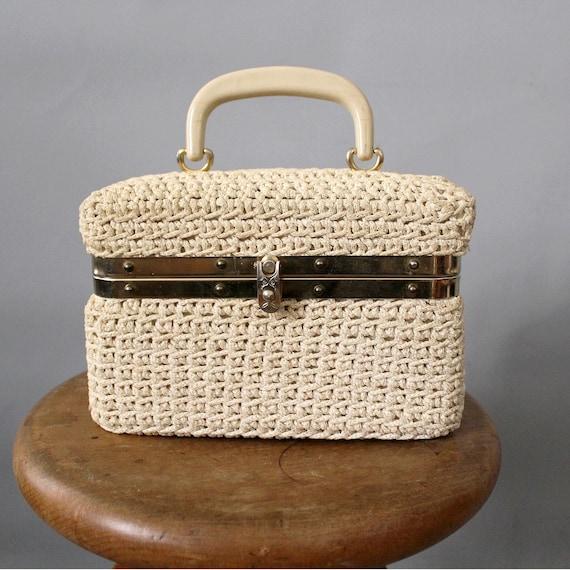 1960 french crochet box handbag / 60s box purse be