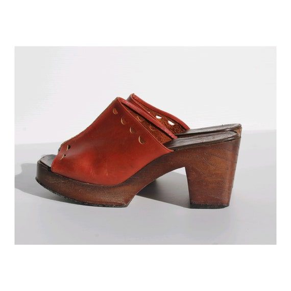 1970s Bally platform leather cognac clogs  / 70s w