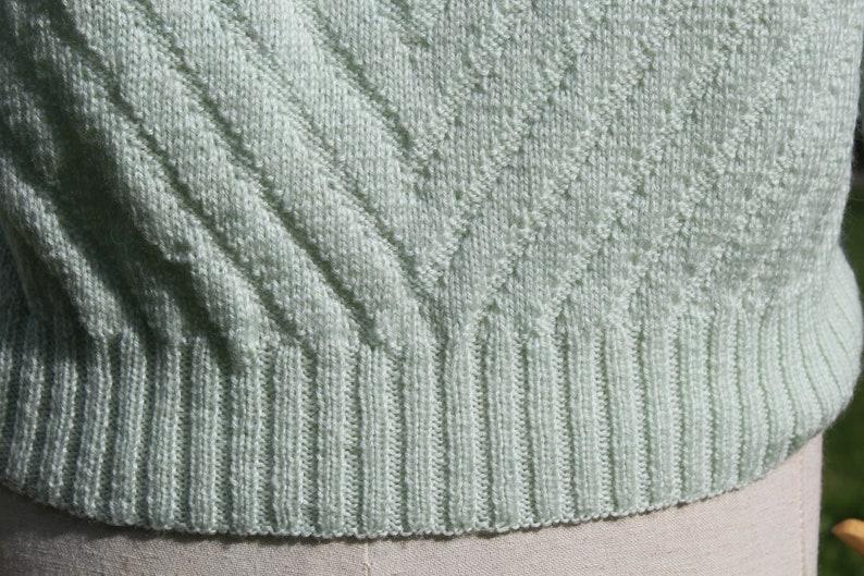 Vintage mint wool handknit sweater  pastel green handknit sweater