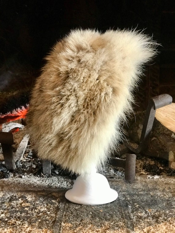 1970s french beige fur hat / vintage fur hat