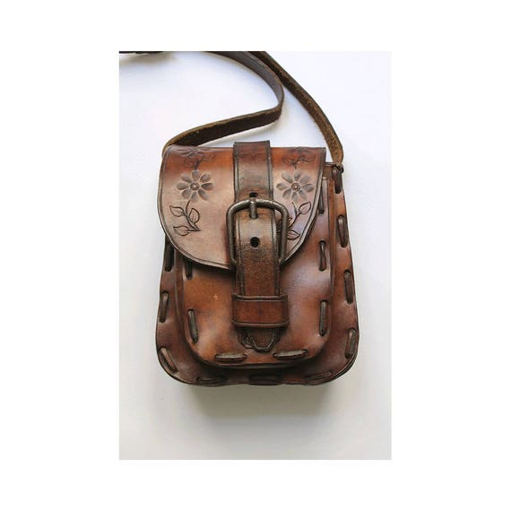 Vintage 1970s tooled leather bag/ 1970 bohemian ba