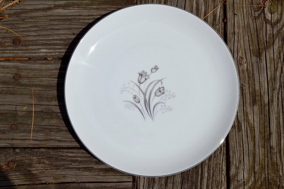 Fine Bavarian China - VC326 Set of 2 Salad Plates White China with Rose Floral Swag Pattern Eamag The Moran