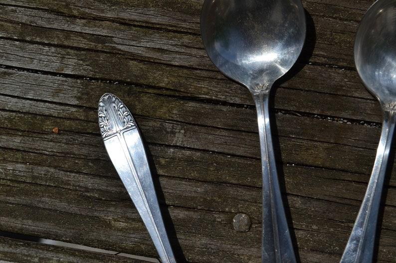 Sherwood Cranford Pattern Set of 4 Spoons Silverplate Flatware Art Nouveau Tableware - VUTFL19 Oneida Vintage Senate Silver Plate