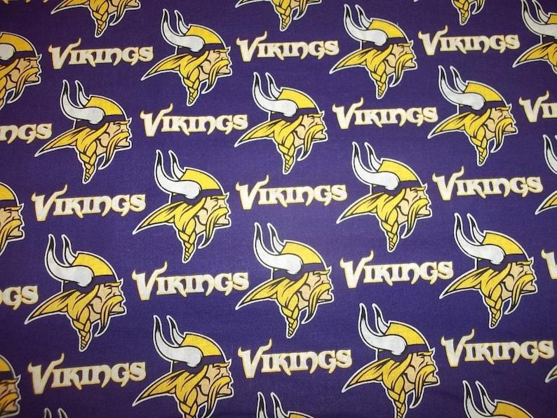 "VIKINGS  NFL 58/"" WIDE 1 YARD  PIECE 100/% COTTON FLANNEL  NEW DESIGN PURPLE COLOR"