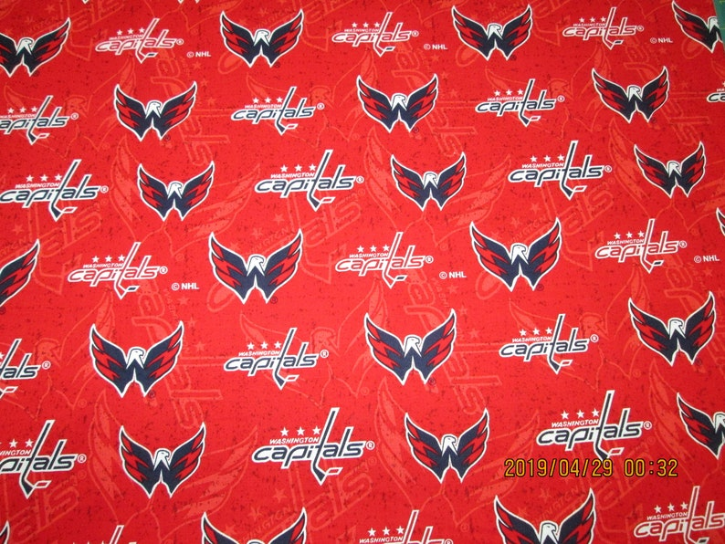 NHL HOCKEY WASHINGTON CAPITALS COTTON MATERIAL Fabric Sold By The 1//2 Yard!
