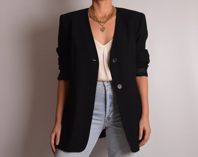 Vintage Black Minimalist Blazer (M-L)