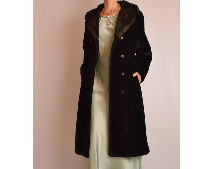 Vintage Black Faux Fur Winter Coat (S-L)