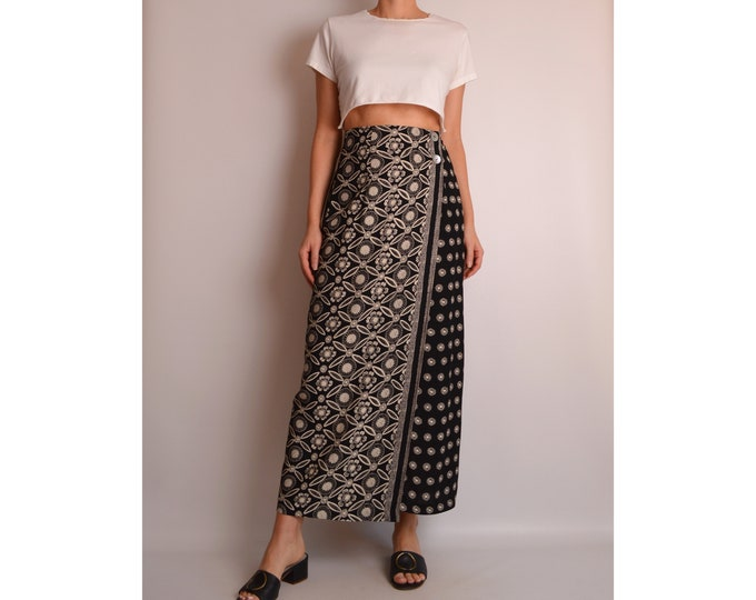 "Vintage Floral Wrap Maxi Skirt (27""W)"