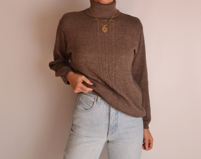 Vintage Cocoa Wool Turtleneck Sweater (S-M)
