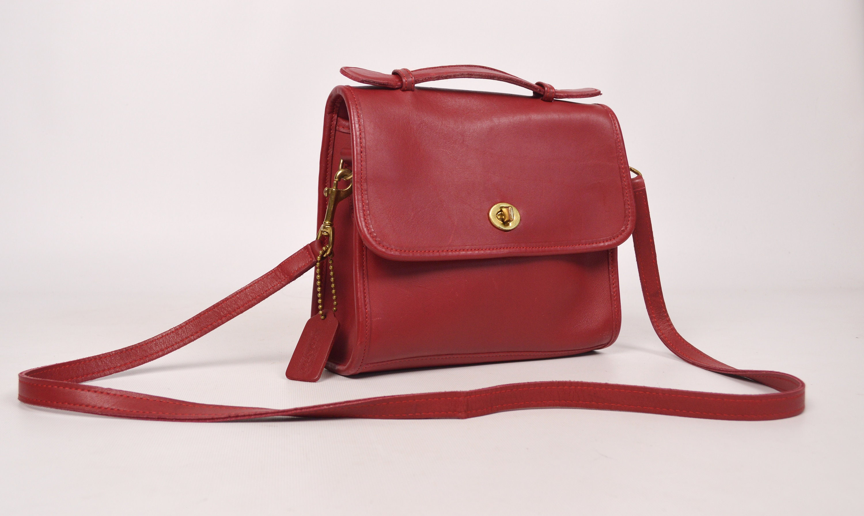 Vintage Red Court Coach Bag Purse Crossbody Leather cf2fffb1454f0
