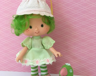 Vintage Strawberry Shortcake Doll- Lime Chiffon & Parfait Parrot