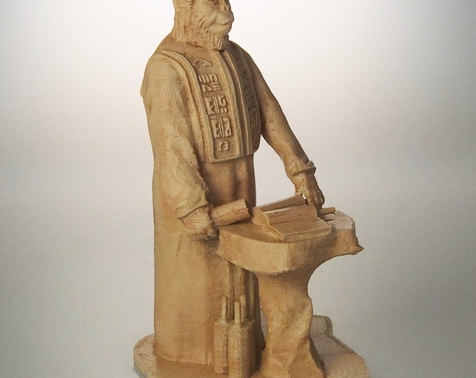 """Planet of the Apes 6"""" Lawgiver Statue (Antique Sand)"""