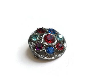 Vintage Brooch With Multi Coloured Glass Gemstones   Circular Silver Tone Pin