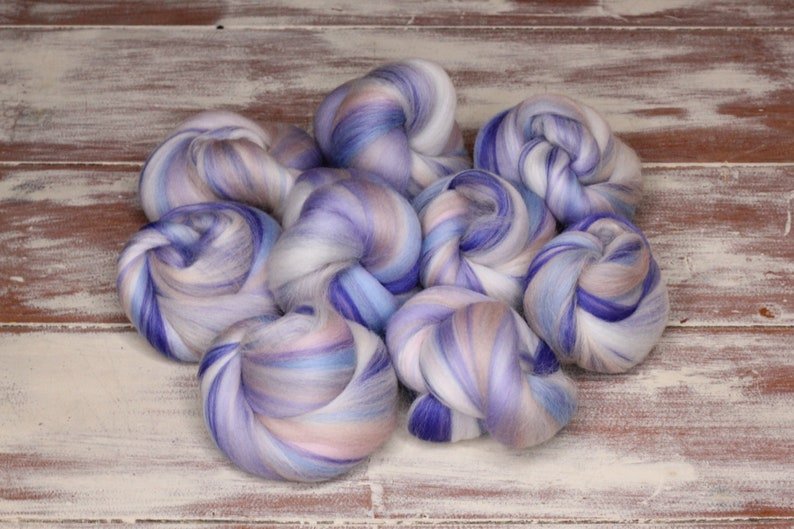 Woolly Buns  'Sweet Clouds'  Merino fibers finely image 0