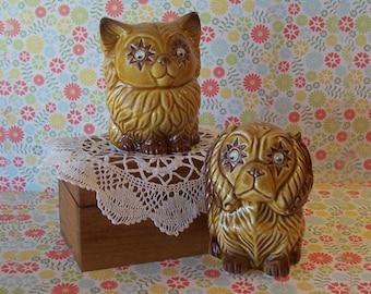 Wooden Cat Salt Pepper Shakers Magnetic Yellow Mr Mrs Kitsch