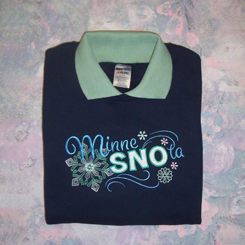 XL MinneSNOta Embroidered Sweatshirt with Mint Collar