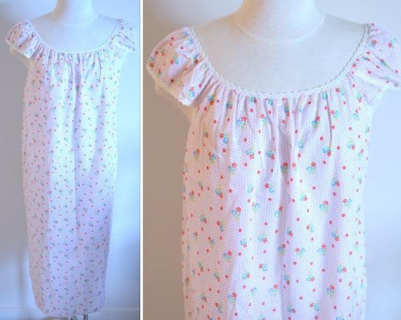 White Nightgown, Size Medium, Sears Women's Vintag