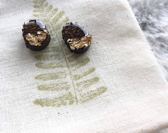 petite walnut pinecones  resin + wood   whimsy + woodsy   gold leaf   pnw   stud earrings