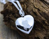 Sterling silver heart Photo locket Necklace . Solid Sterling Silver Heart Shape Locket, Heirloom Locket . (can be personalised engraved) 46