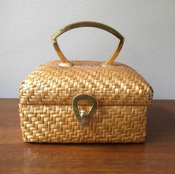 SALE!  Koret Wicker Handbag, Vintage Koret for Sak