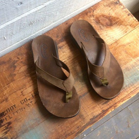 ac0e80d822b7da Chaco leather sandals flip flops rubber soles womens