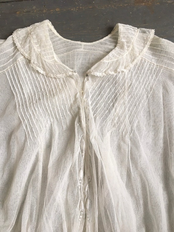 White Edwardian blouse - sheer fabric - 1900s - l… - image 3
