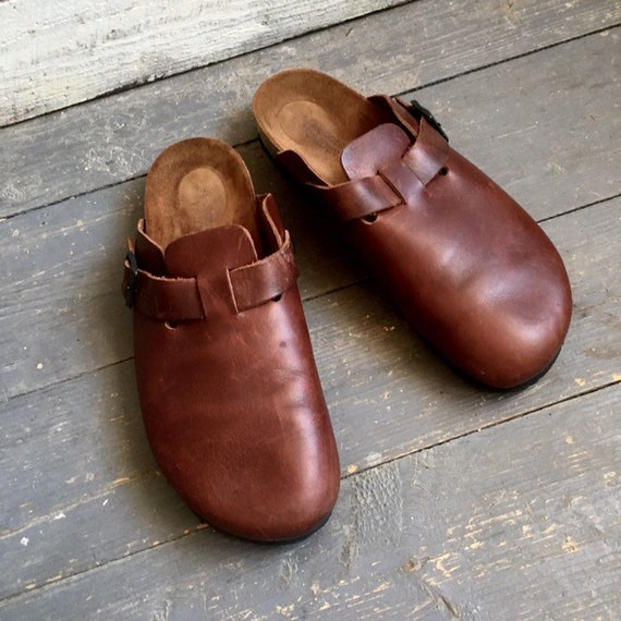 Naot slip on clogs , mens , birkenstock style , leather , brown , buckle ,  size 45