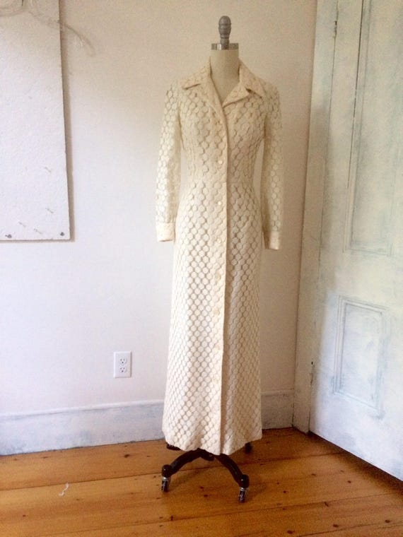 White lace maxi dress - long  sleeve  - buttoned … - image 2