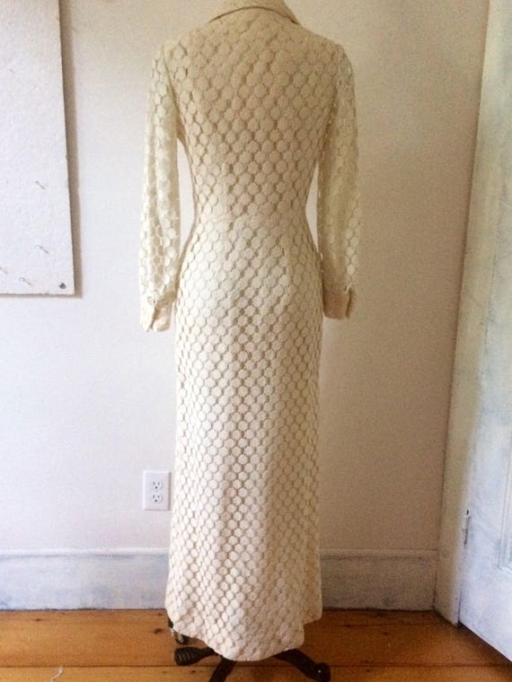 White lace maxi dress - long  sleeve  - buttoned … - image 4