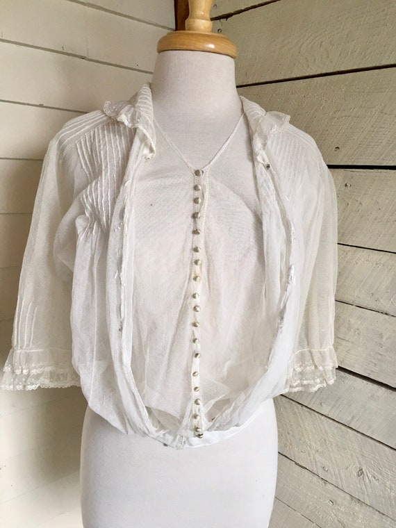 White Edwardian blouse - sheer fabric - 1900s - l… - image 10