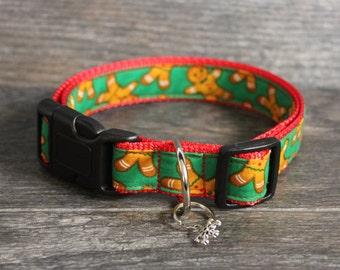 Christmas Dog Collar - Gingerbread Dog Collar - Christmas Collar - Pick your color