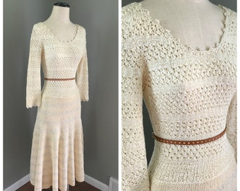 Vintage Hand Knitted Cream Boho Hippie Dress with Sleeves - 1970's Size Small/Medium