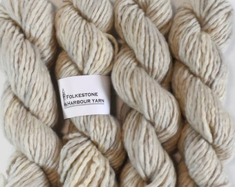 Elizabethan Grey Super Chunky Blue Faced Leicester Wool Yarn  7