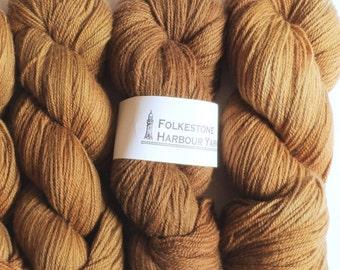 Owler Brown Wool Yarn DK Merino 05