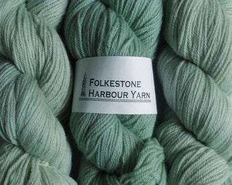 Mountain Green Wool Yarn 100g DK Merino 18