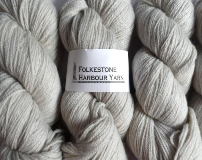 Elizabethan Pale Grey Wool Yarn 100g DK Merino or BFL 07