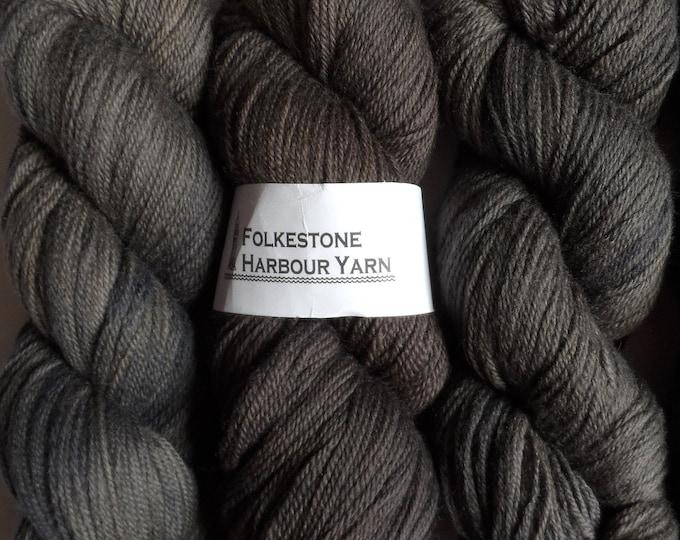 Anthracite Grey Wool Yarn 100g  DK Merino 09