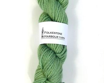 Mountain Green Wool Yarn 100g Chunky Merino 18