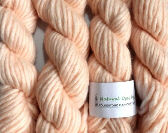 Hint of Pink Cochineal Super Chunky Corriedale Yarn 50g