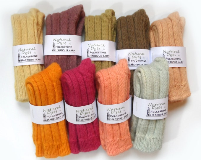 Ladies Wool Socks     Naturally Dyed      Assorted Colours Size 4-8