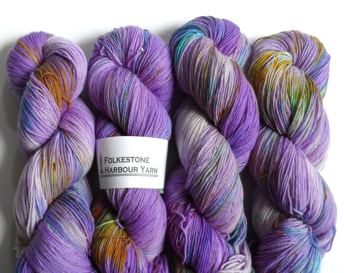 Lavender Fields Variegated Speckled 4ply Sock Yarn 100g Purple Yellow Green