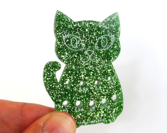 Bella Cat Mini Knitting Needle Gauge Metric  Green Glitter
