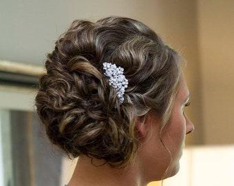 Wedding hair comb Silver Bridal side hair comb Wedding hair accessories floral Boho hair piece Crystal Bridal comb Wedding hair jewelry side
