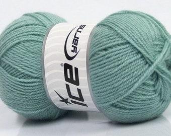 Mint Green Virgin Wool Fine Yarn Dark Mint Green